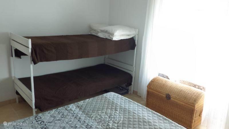 Stapelbed in ouderslaapkamer