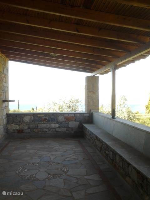 Terras bovenste verdieping
