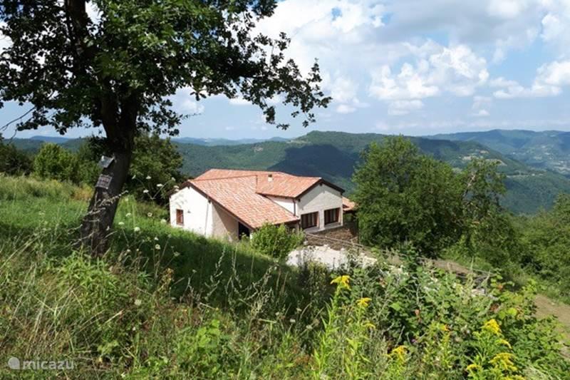 Vakantiehuis Italië, Piëmont, Pezzolo Boerderij Ca' Brada