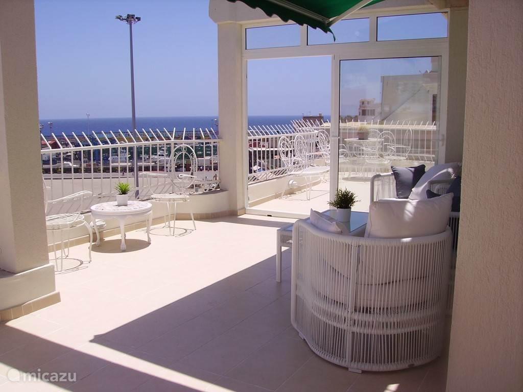 zicht op de balkons
