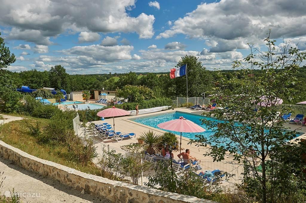 Schitterend park met zwembaden