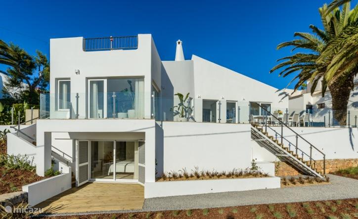 New vacation rental Portugal, Algarve, Ferragudo – villa Casa Xyza