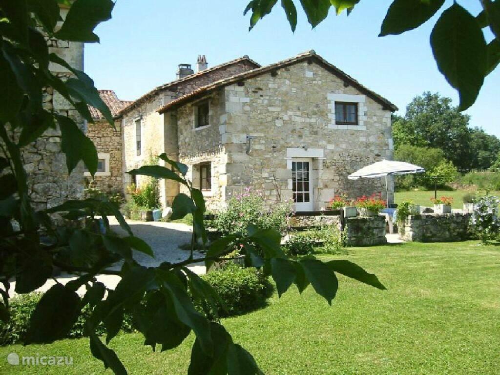 Vakantiehuis Frankrijk, Dordogne, Mareuil-sur-Belle gîte / cottage Vakantiehuis Le Boulou