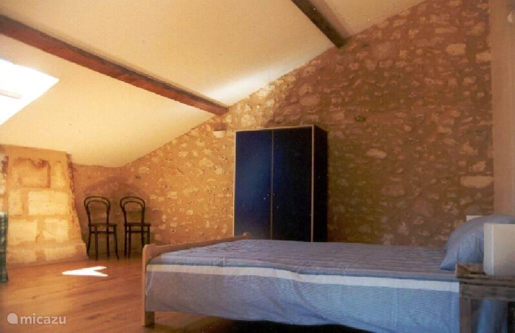 Dubbelbeds slaapkamer boven