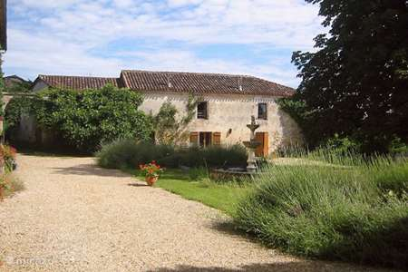 Vacation rental France, Dordogne, Mareuil-sur-Belle holiday house Holiday home Chez Misja (4 pers.)