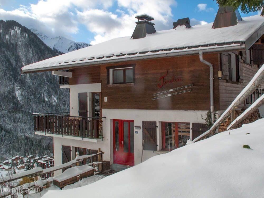 Vacation rental France, Haute Savoie – chalet Chalet Tirelire