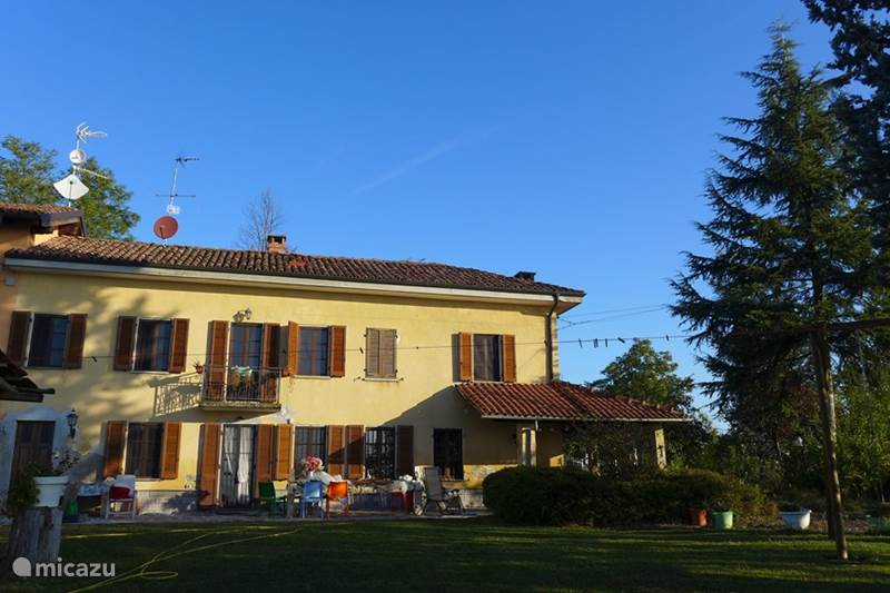 Vakantiehuis Italië, Piëmont, Castelnuovo Calcea Vakantiehuis Piccolo Paradiso