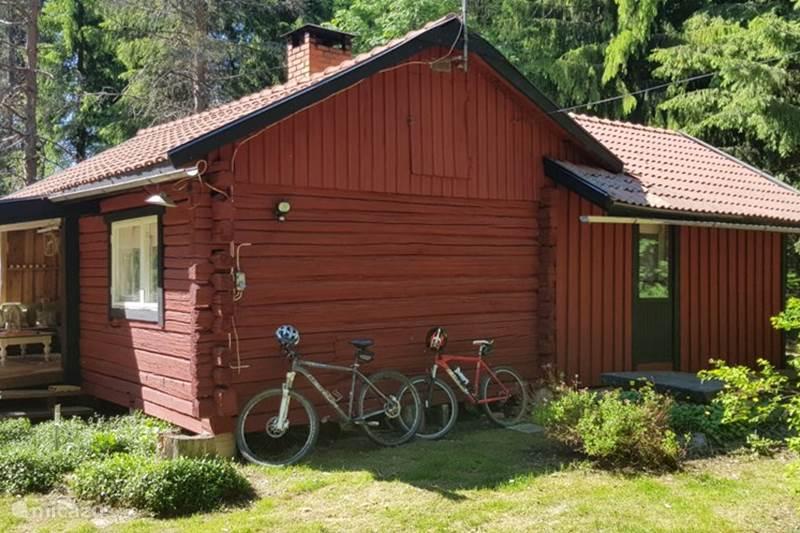 ferienhaus typisch schwedischen in s gmyra dalarna. Black Bedroom Furniture Sets. Home Design Ideas