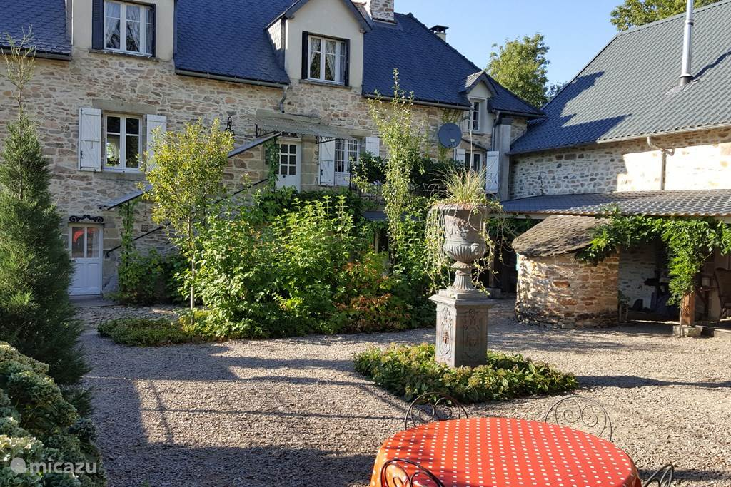 Vakantiehuis Frankrijk, Corrèze, Ménoire boerderij La Maison Carin en Ad