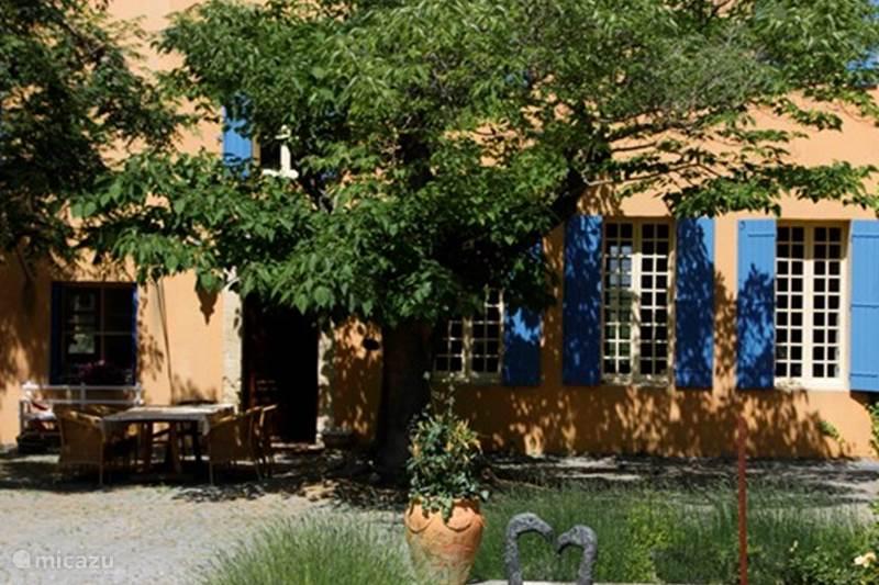 Vacation rental France, Vaucluse, Carpentras  Gîte / Cottage Grand Gîte de Marotte
