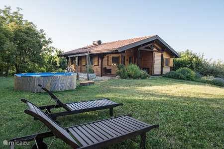 Vakantiehuis Italië, Marche, Smerillo blokhut / lodge Forestcamp