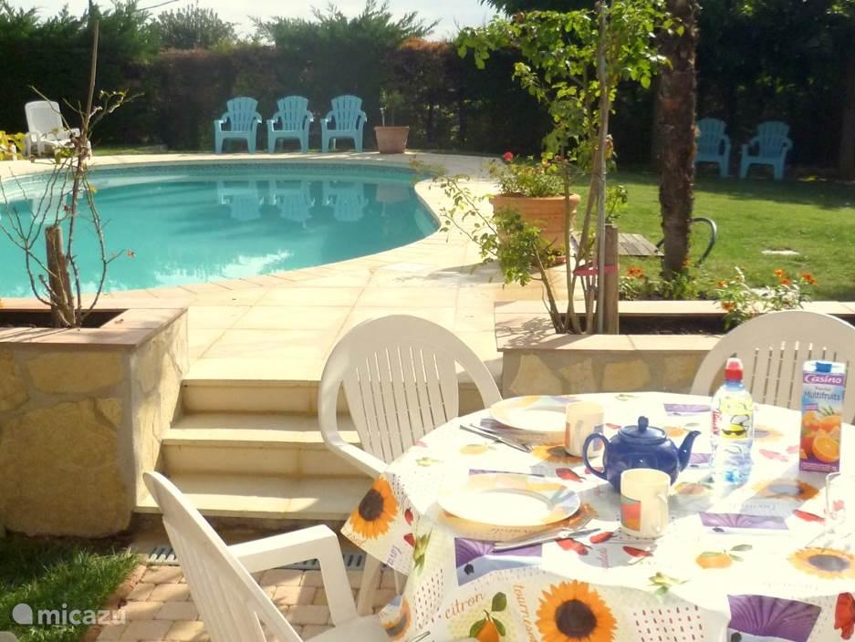 Vacation rental France, French Riviera – apartment Villa 'Le Bon Temps' apartment B