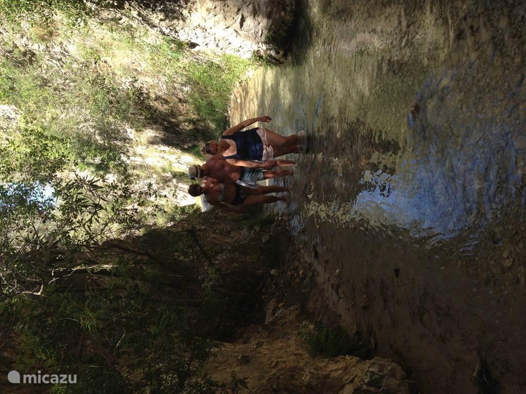 ontdek de witte bergdorpen en nabij gelegen natuur