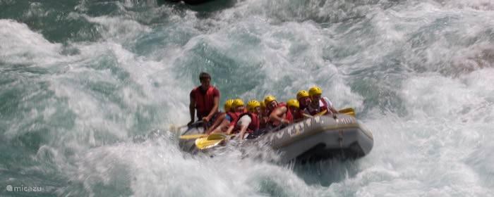 Kanoeen  /  Rafting