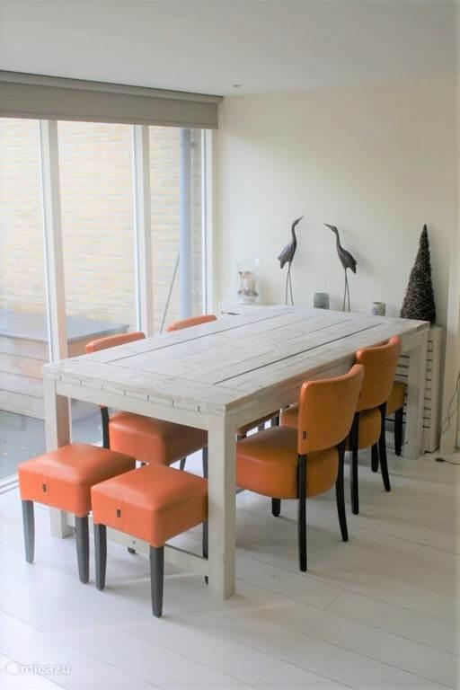 plaats aan tafel voor 6 personen