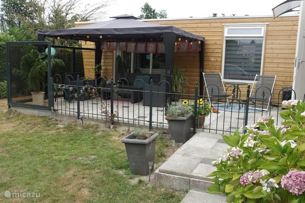 Vakantiehuis Nederland, Zeeland, Heinkenszand Chalet Jalan Jalan