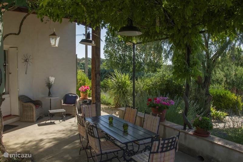 Vacation rental France, Vaucluse, Faucon Holiday house Villa La Fontaine