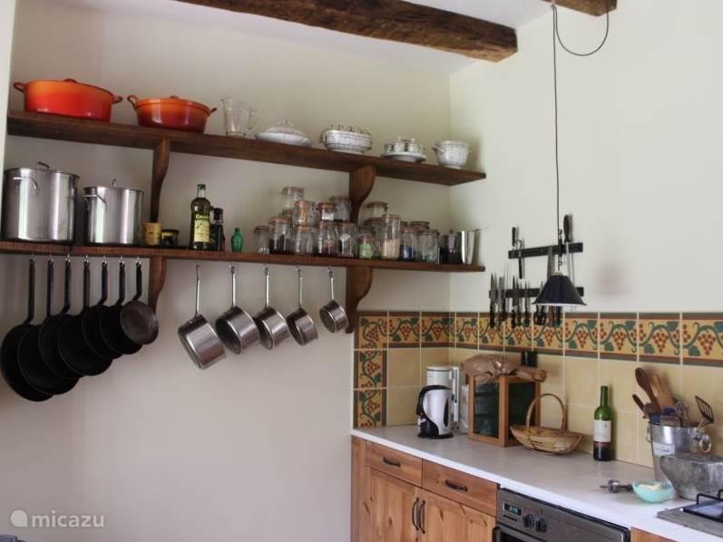 De keuken van huisje La Principale.