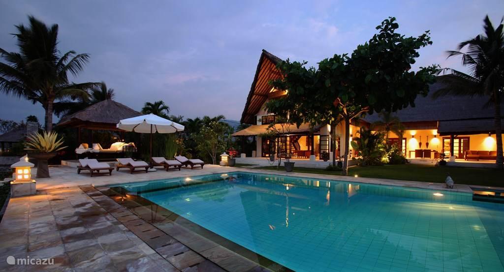 Vacation rental Indonesia, Bali, Dencarik villa Villa Rumah Buka