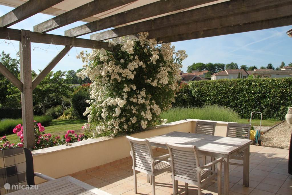 Vakantiehuis Frankrijk, Poitou-Charentes, Rouzede Villa Villa la Haute Preze 8, Verdoyante