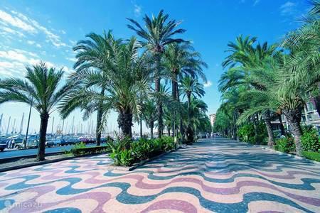 Alicante, bruisende stad
