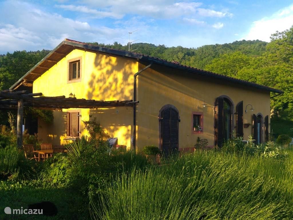 Vakantiehuis Italië, Toscane, Santa Fiora - boerderij Casa della Nonna