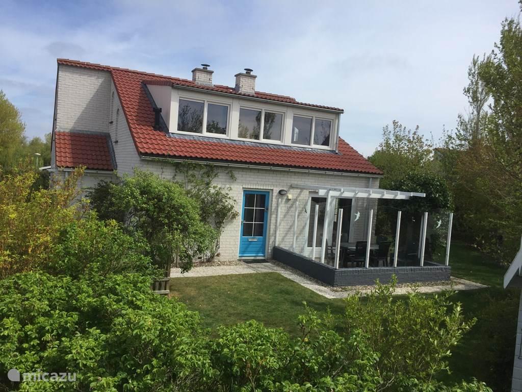 Vakantiehuis Nederland, Texel, De Cocksdorp Bungalow Moderne Bungalow met Stuga/BBQ