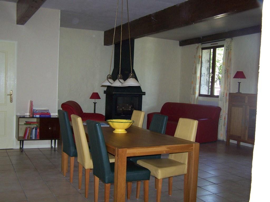 ferienhaus l 39 ermitage de la mure le cypres in saillans dr me frankreich mieten micazu. Black Bedroom Furniture Sets. Home Design Ideas