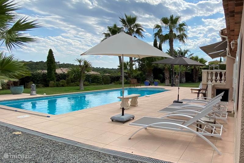 Vakantiehuis Frankrijk, Côte d´Azur, Saint-Raphaël Villa Villa Cote D'Azur privé zwbad 8 pers