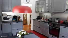 Gele Keuken 9 : Het gele huis in fröseke småland huren? micazu