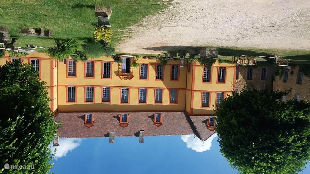 Vakantiehuis Frankrijk, Côte-d'Or, Sainte-Colombe-en-Auxois Landhuis / Kasteel Gîte Château Sainte Colombe 26 pers