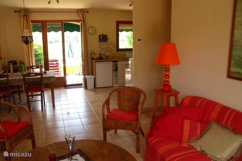 Vacation rental France, Dordogne, Le Bugue Bungalow Holiday home, quiet but village nearby