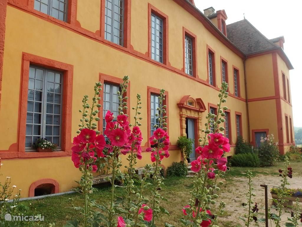 Vakantiehuis Frankrijk, Bourgogne, Sainte-Colombe-en-Auxois landhuis / kasteel Gîte Château Sainte Colombe 36 pers