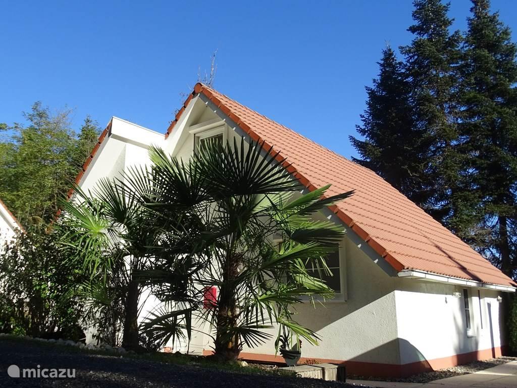 voorzijde villa 81