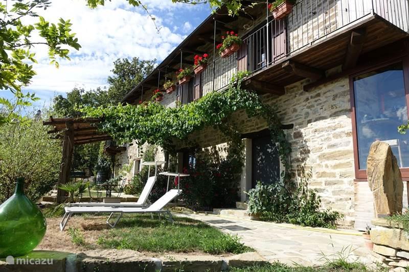 Vakantiehuis Italië, Piëmont, Pezzolo Gîte / Cottage La Cinciallegra