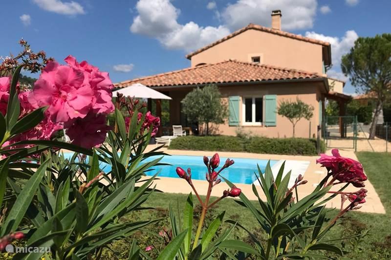 Vakantiehuis Frankrijk, Ardèche, Vallon-Pont-d'Arc Villa Villa Emeraude