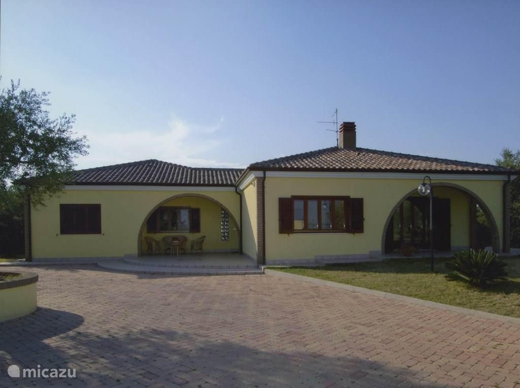 Vakantiehuis Italië, Molise, Termoli bungalow Villa Antico Uliveto