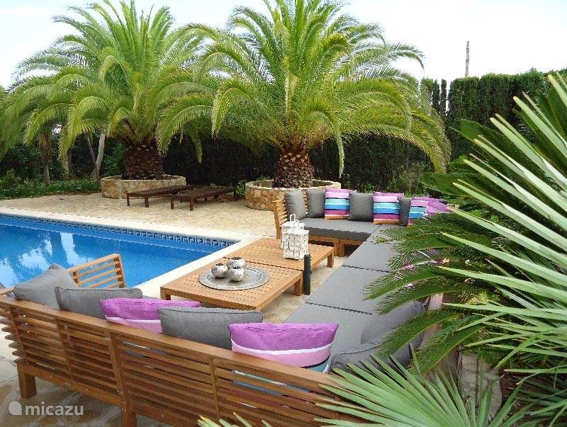 Rent Villa Jardin Tropical in Ametlla de Mar, Costa Daurada. | Micazu