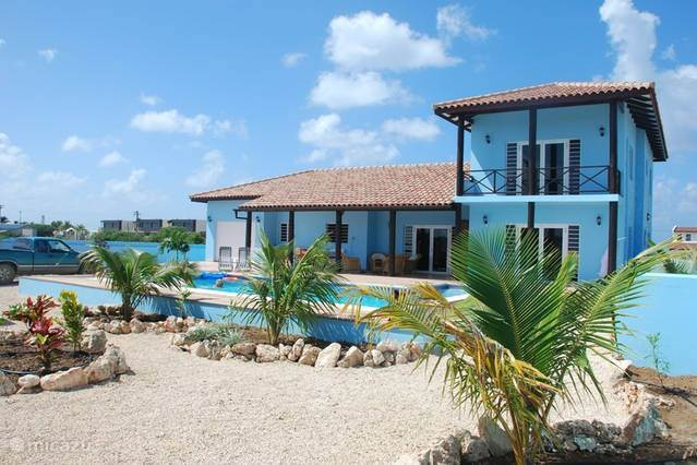 Vacation rental Bonaire – villa Bonaire Pool Villa Cool Blue