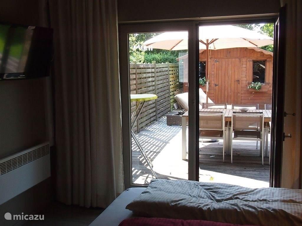 slaapkamer 1 met terras