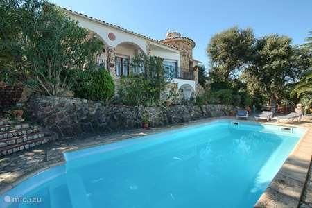 Vacation rental Spain, Costa Brava, Pals holiday house Holiday home Pals Casa Luna