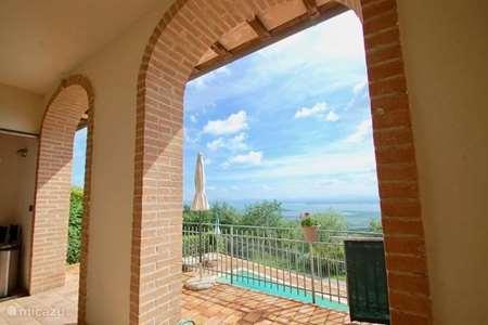 Vakantiehuis Italië, Umbrië, Tuoro sul Trasimeno - appartement Villa Gosparini appartement Toscane
