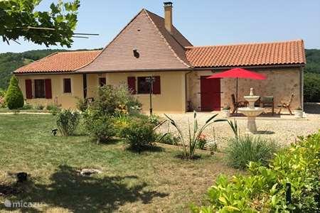 Vacation rental France, Dordogne, Castelnaud-la-Chapelle holiday house Le Pontet