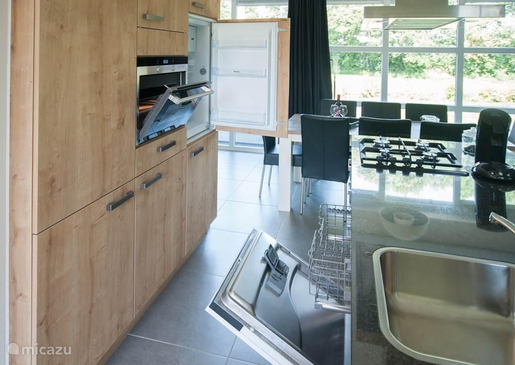 keuken met kookeiland: van alle gemakken voorzien