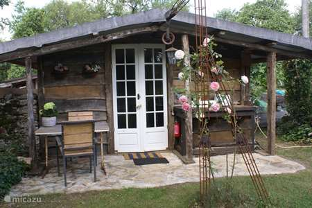Vacation rental France, Lot, Cajarc cabin / lodge Mariposa, Wooden Chalet