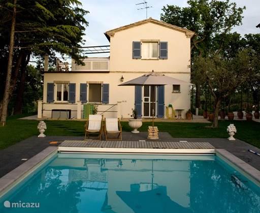 Vakantiehuis Italië, Marche, Ostra villa Casa Fienile