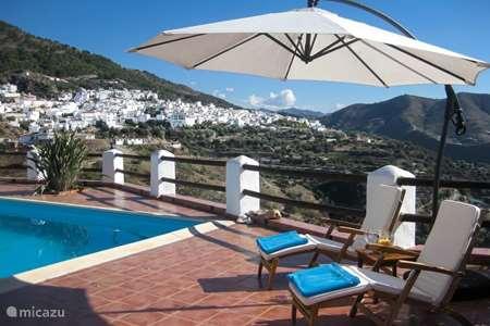 Vakantiehuis Spanje, Andalusië, Canillas de Aceituno - villa Casa El Encuentro