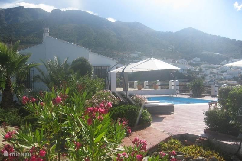 Vakantiehuis Spanje, Andalusië, Canillas de Aceituno Villa Casa El Encuentro