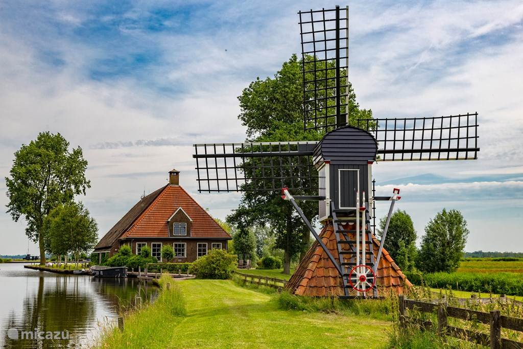 Vacation rental Netherlands, Friesland, Eernewoude farmhouse Private Island De Sayter