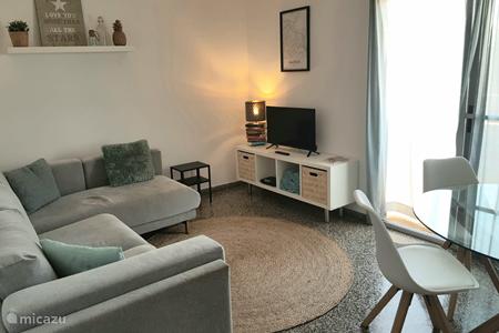 Vakantiehuis Spanje, Valencia, Valencia (stad) appartement Licht app.550m van het strand + Wifi